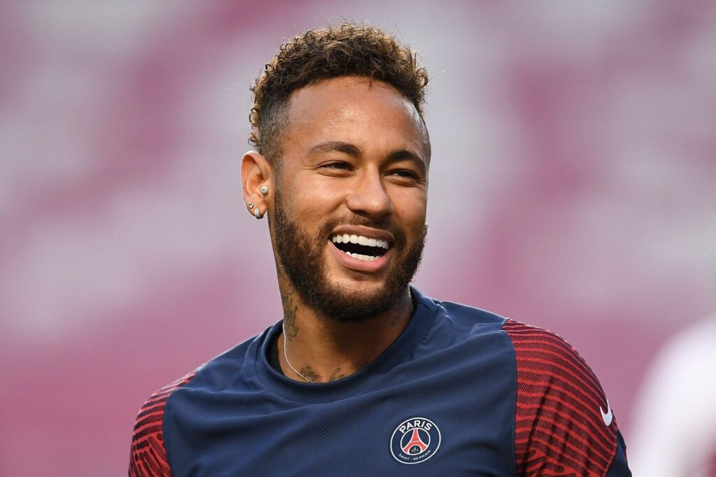 Neymar Dating
